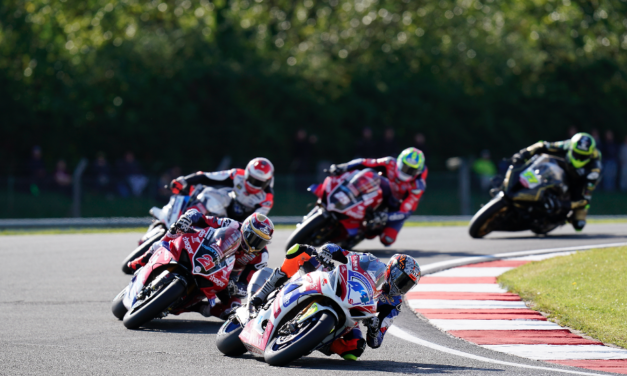 Two wins for Rea and podium for Neave